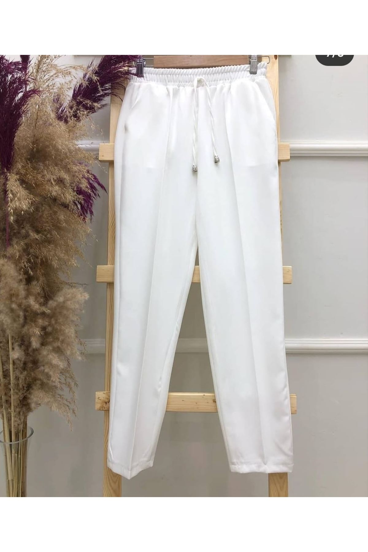 Beli Lastikli  Pantolon - Beyaz